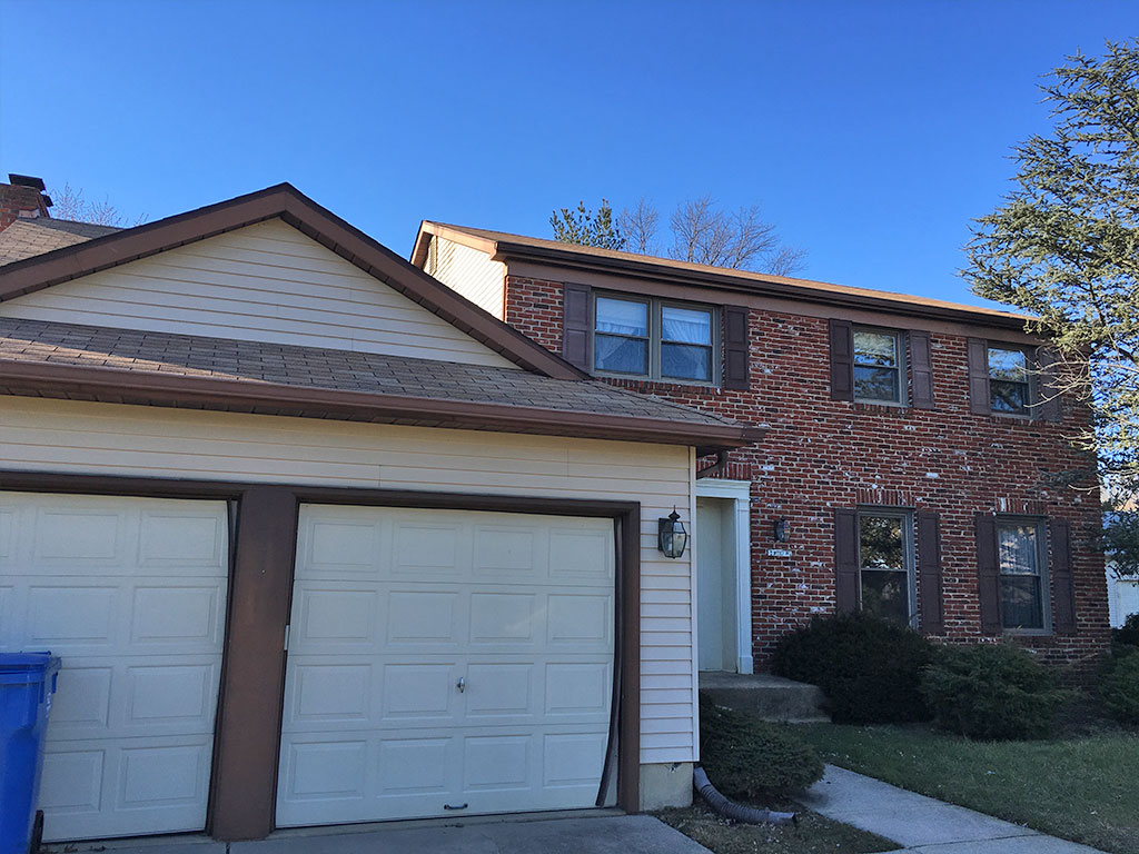 Cherry Hill foreclosure available in the Fox Hollow subdivision.